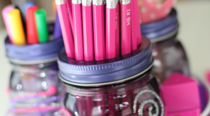 Mason Jar Homework Station | #CanItForward